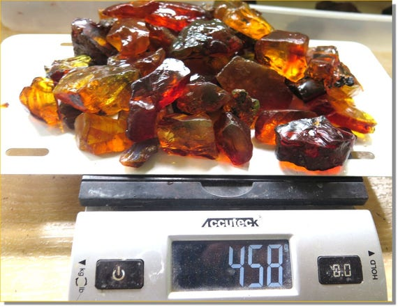 458 grams big genuine natural Dominican clear green red yellow Rough Amber Fossil  Specimen C-66-1805