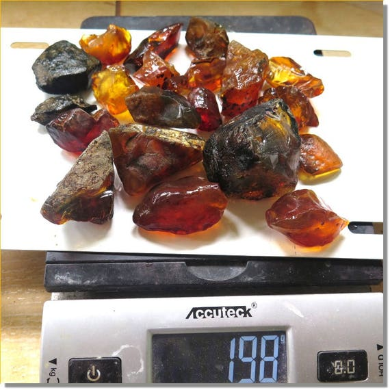 198 grams big genuine natural Dominican clear green red yellow Rough Amber Fossil  Specimen C-64-1805