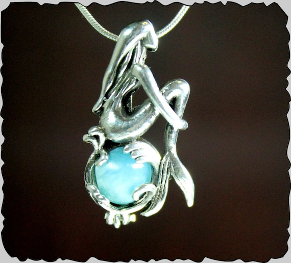 Beautiful Natural Sky Blue Larimar .925 Sterling Silver Siren Mermaid Necklace 17.5in chain