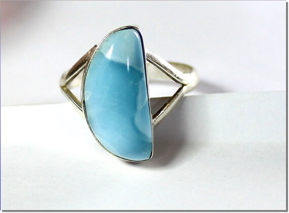Lovely Natural Sky Blue Larimar .925 Sterling Silver Ring #7.5