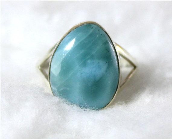 Lovely Natural Sky Blue Larimar .925 Sterling Silver Ring #7