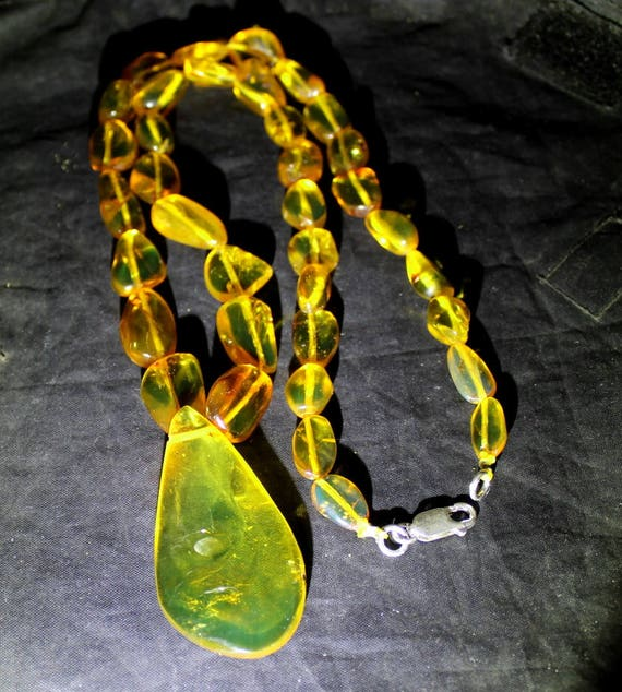 Dominican Clear Light Green Amber .925 Sterling Silver Necklace 21 inch  C-54-1774