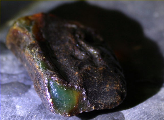 Dominican Natural Crystal Clear Deep Green Amber Rough Specimen 46x30x14mm 10.7g