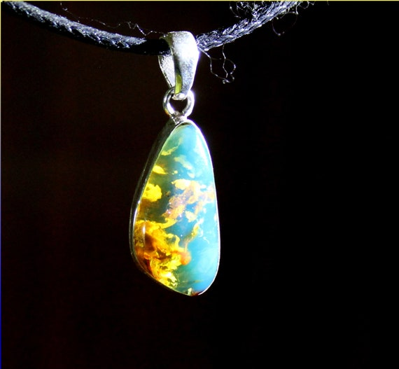 Premium Dominican Natural Clear Sky Blue AAA++ Amber .925 Sterling Silver Pendant 1.2inch