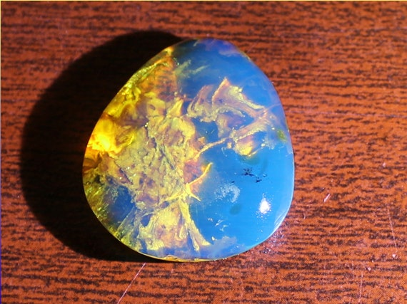 Premium Dominican Natural Clear Sky Blue Amber Cabochon 27x23x8mm 3grams