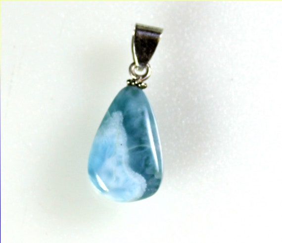 Charming Design Natural Ocean Blue Larimar .925 Sterling Silver Pendant 1.4inch