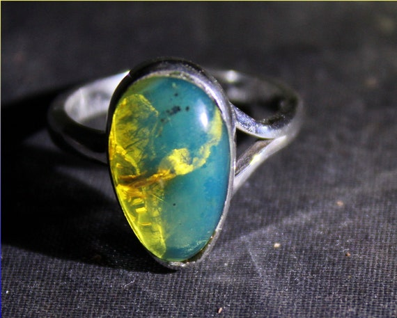 Dominican Natural Clear Sky Blue Fossil Amber .925 Sterling Silver Ring #5.5