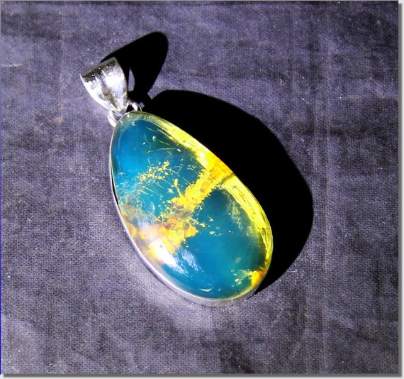 Premium Dominican Natural Clear Royal Blue Amber .925 Sterling Silver Pendant 41mm