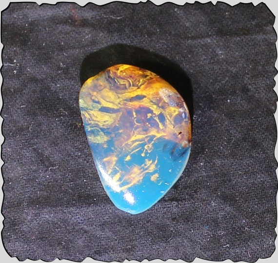 Premium Dominican Natural Clear Sky Blue Amber Polished Stone 20x14x5mm 5cts