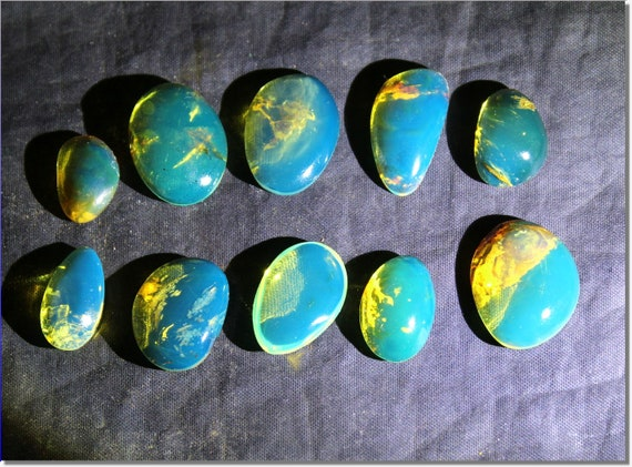 High Quality Wholesale lot, 10 Dominican Clear Sky Blue Amber polished Cabochens biggest  24mm  8.5g