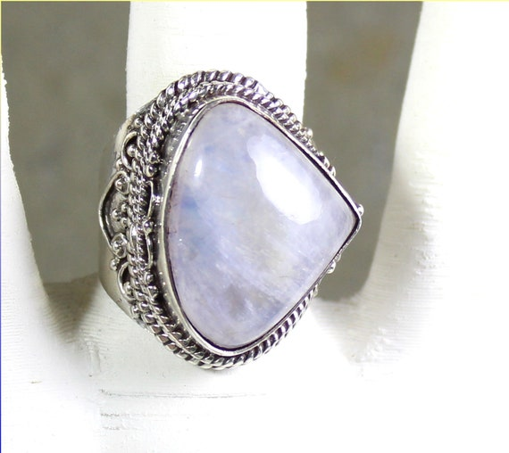 Excellent Natural Blueish White Moonstone .925 Sterling Silver Ring #8.5