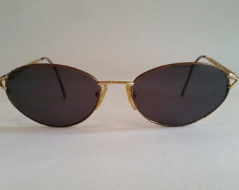 9cf2f82a842 Vintage Fendi Sunglasses Model  f526   130