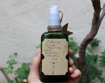 Sacred Feminine Oil* Blessing, Love, Protective, Abundance Oil* Full Moon Oil