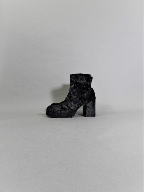 MONSTER boots crushed velvet 90s square toe boots