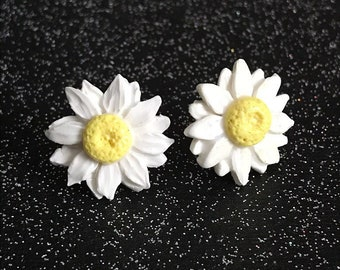 Daisy Earrings Daisies Daisy Jewelry Daisy Flower Jewelry Flower Earrings Polymer Clay Earrings