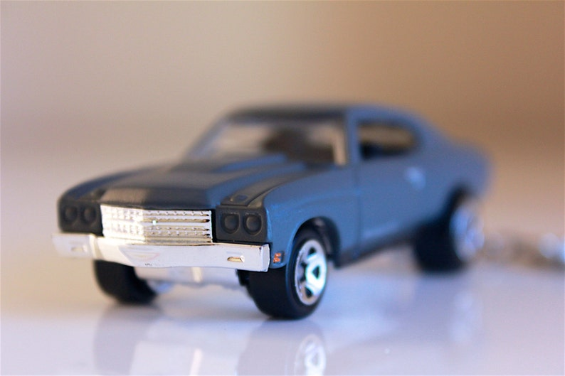 Fast and Furious Hot Wheels Die cast on Key Chain 1970 Chevy Chevelle SS