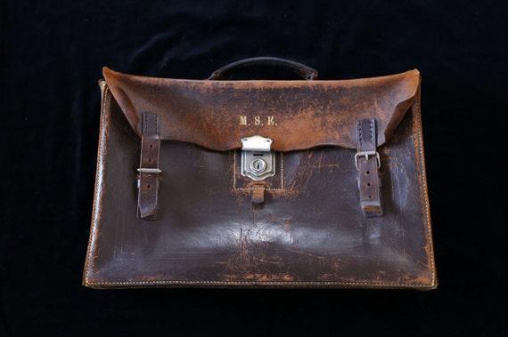 Vintage leather doctor style satchel