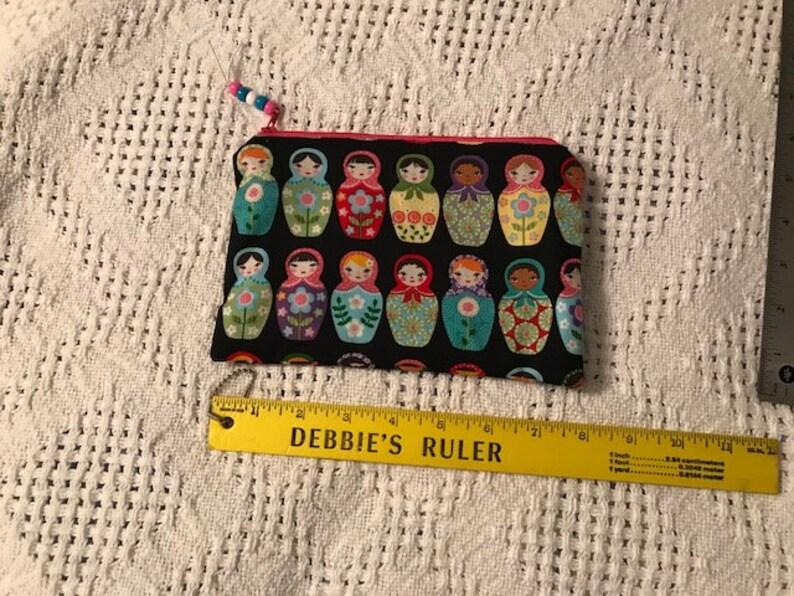 6740a3de0f8 Trousse zippée en poupée russe dempilage sac à cosmétiques.