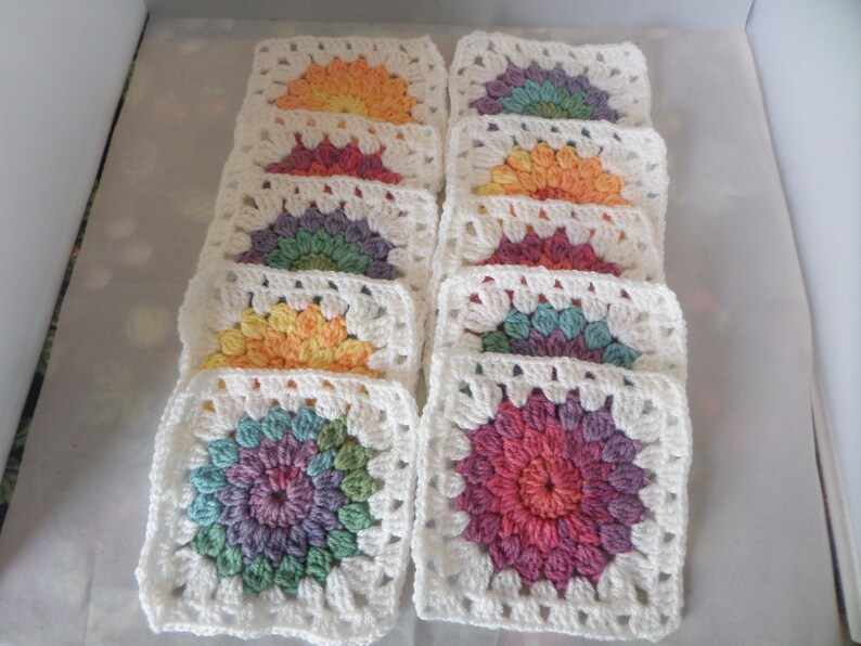 "10 CROCHET FLOWERS 2.5"" APPLIQUE EMBELLISHMENT FOR GRANNY SQUARES BLANKET YELLOW"