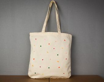 52994cfa37b3f Stabile Einkaufstasche in beige mit flauschigen Früchten super fürs  Shopping - schicke Tasche für den Frühling Bio Jutebeutel Beutel