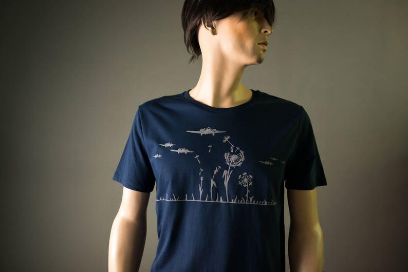 883ac8f975699d Dunkelblaues T-Shirt für Männer bio Shirt mit Flugzeugen