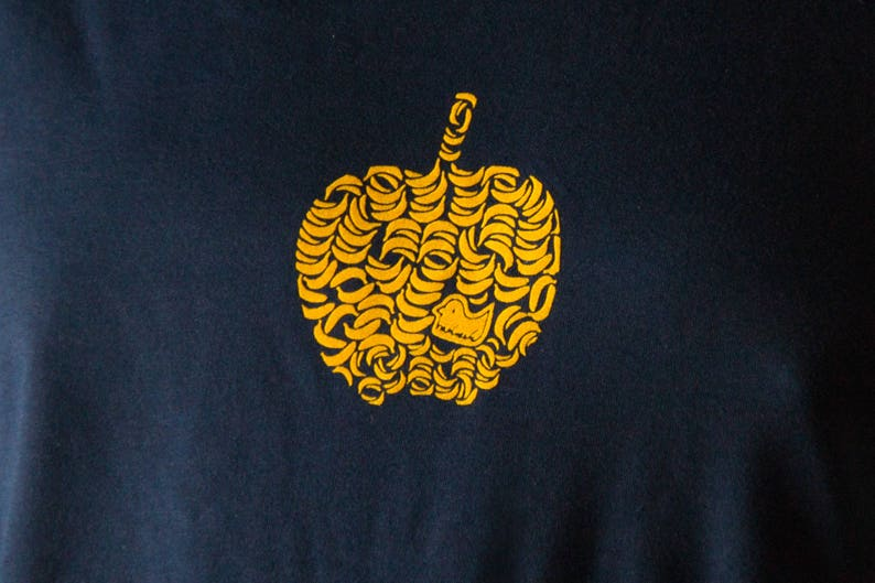 70a08f0ba23aa Banana T-Shirt Apple Fruit Apple out of yellow Bananas organic shirt navy  black blue for men cool graphic tee with Fruits - Think Different