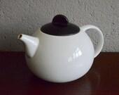 Vintage constructivist Bauhaus Memphis black and white porcelain teapot vintage Marianne Brandt antic tea pot design french deco retro