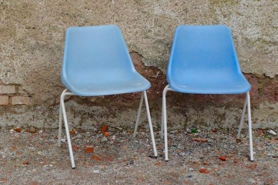 Chaise design polyprop de robin day bleue ciel emplilables - Chaise robin day habitat ...