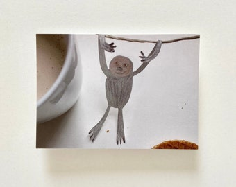"Postcard ""Sloth"" / ""Thestroopwafelstealingsloth"" / postal"