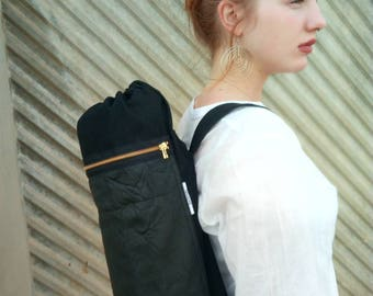 Black yoga mat bag