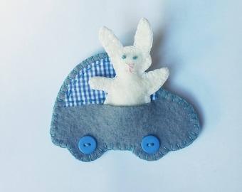 Bunny in car felt ornament, little rabbit with car felt ornament, baby shower gift, Nursery decoration, kid's room decor