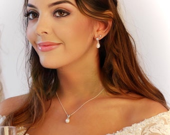 Freshwater Pearl drop pendant necklace, with cubic zirconia crystal and diamond cut Sterling silver necklace