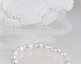 Bridal Pearl Bracelet, Ivory pearl, silver rhinestone magnetic clasp, Wedding jewellery, bride, mother of bride, gifts, bridesmaid gifts