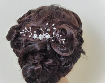 Freshwater Pearl wedding haircomb, silver hair vine, pearl spray with Swarovski Crystal elements, I