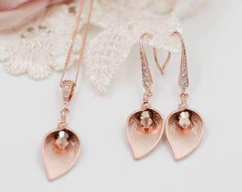 Rose gold Calla lily, earrings or necklace, rose gold or silver, pendant, swarovski crystal, mother of bride, bridesmaid favour, Pearl drop,