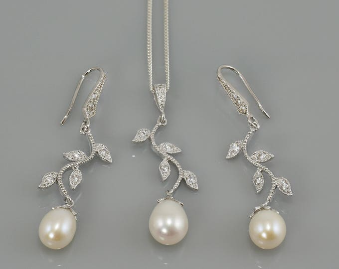 Pearl necklace pendant, earrings, gift for her, leaf vine, bride sterling silver , wedding, bride, bridesmaid, maid of honour,
