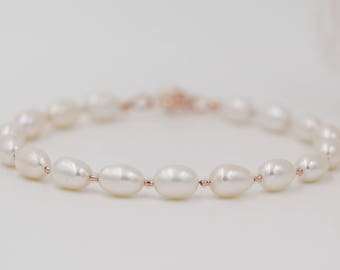 gold, silver or rose gold pearl bracelet, Freshwater Pearls, made to measure, ideal for wedding jewellery or bridesmaid gifts