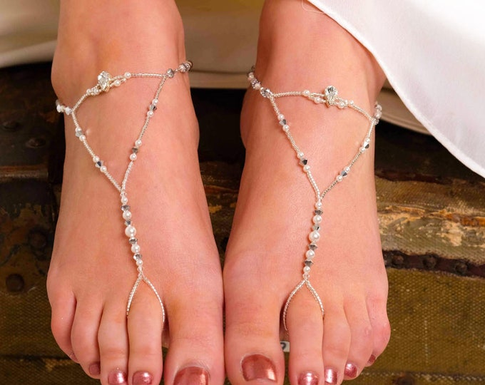 Bridal Crystal Barefoot sandals, ankle jewellery, swarovski, pearl, footless sandals, blue, Beach sandals, beach wedding, bride foot jewelry