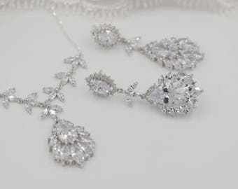 Crystal chandelier earrings, leaf, backdrop necklace, bride jewelry set, Sterling silver diamond chain, stud earrings, wedding, brides,