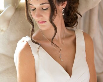 Bride pearl pendant, leaf vine, Freshwater pearl,  silver or rose gold, Ivory pearl, sterling silver, bride, bridesmaid, maid of honour,