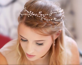 Crystal hair vine, long hair wrap for boho bride With Swarovski pearls, in rose gold, silver, blush