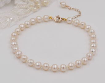 Freshwater knotted Pearl bracelet, traditional knotted with silk,  gold, Sterling Silver or rose gold