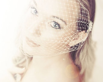 Birdcage veil Bride crystal bandeau Ivory or  with Swarovski Crystals. Vintage style 1920's 1940's Russian net Bride veil, wedding hair