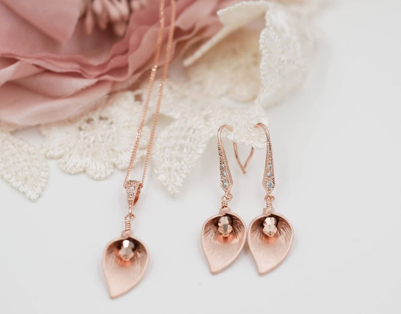 Rose gold Calla lily earrings or necklace rose gold or image 0