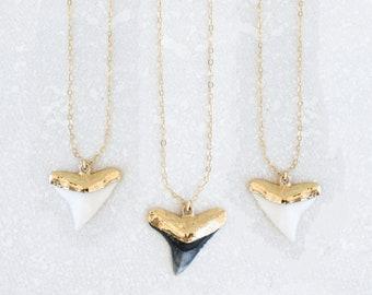 Small tiny crystal electroformed dainty stone real fossil flash gem surfer boho women pendant minimalist jewelry teeth Opal Shark Tooth