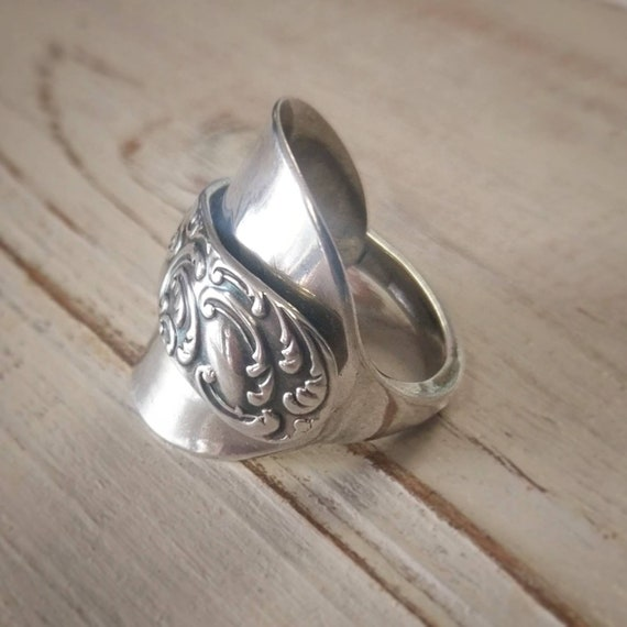 Outstanding Vintage Retro Sterling SILVER Ring-Wonderful DOUBLE HELIX Design-Beautiful Polished Finish-Uk Size V-Us Size 10 /& 58-4.14 grams