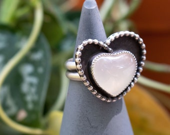 White Agate Ring, White Cocktail Ring, Size 7 1/4