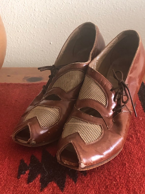 1930's Women Leather Mesh Shoes