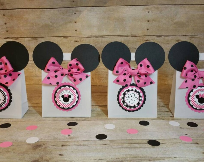 Minnie Mouse (Inspired) bags!! Minnie Mouse (Inspired) Party favors, Minnie Mouse Favor Bags This price is For A single Bag!!