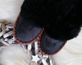 Unisex Sheepskin Slippers Moccasin
